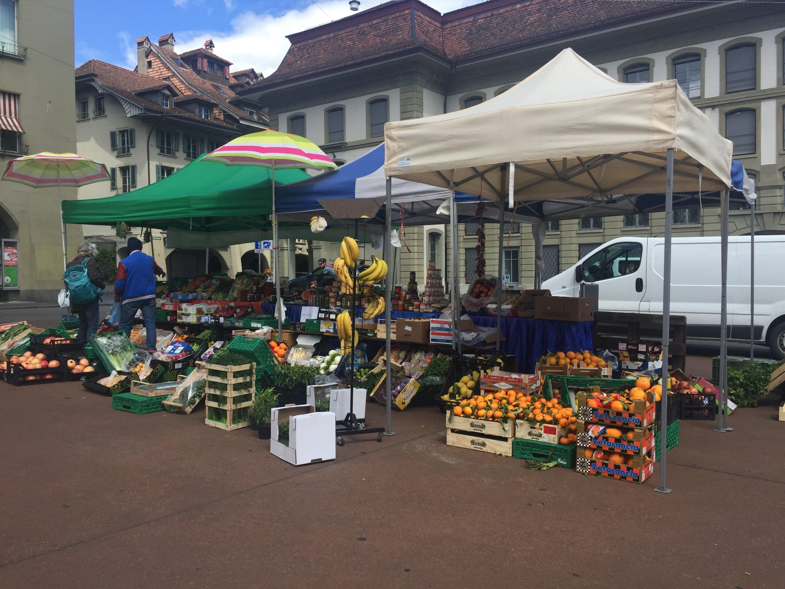 30 مليار فرنك أنفقها السويسريون على غذائهم عام 2020  ..و(الميغروس) و(الكوب) حصتهما الأكبر