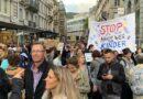 المظاهرات تتصاعد ضد إجراءات كورونا.. والشرطة تستخدم خراطيم المياه لحماية القصر الاتحادي…!